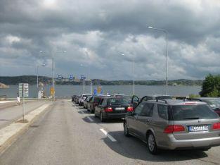 Los deportes de Saab 9-5 en Suecia están esperando el ferry. Foto de Thomas.
