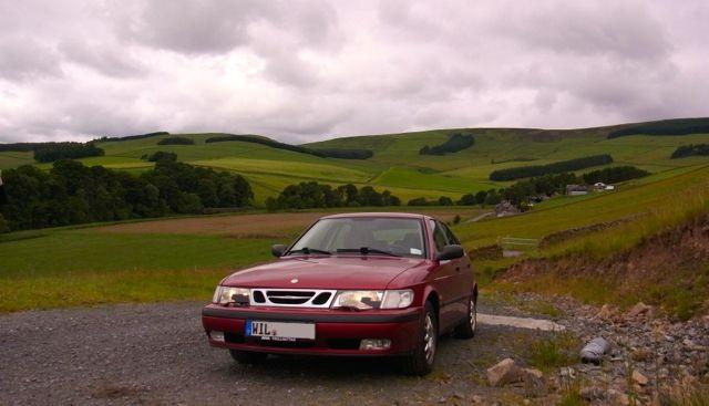 SAAB 9-3 bei einem Stop in den Scottish Borders