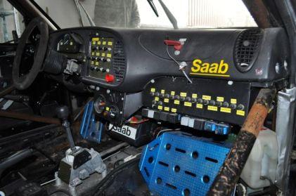 Kommandozentrale Saab 900R