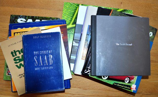 SAAB-literatuur. Er zijn veel Saab-boeken. Hier is slechts een deel van!