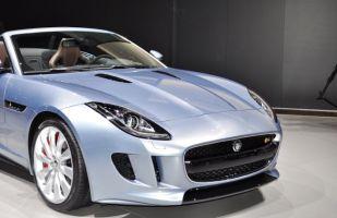 Frente típico con elementos Jaguar