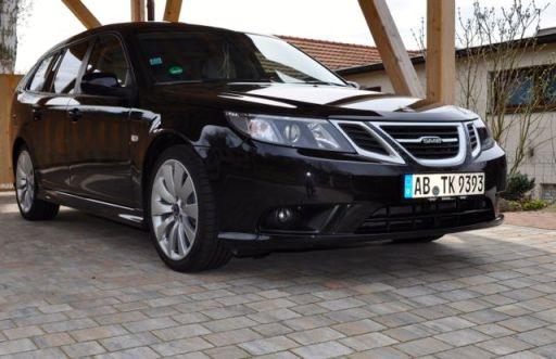 """Saab 9-3 met Griffin Grill en 18 """"Turbine velgen"""