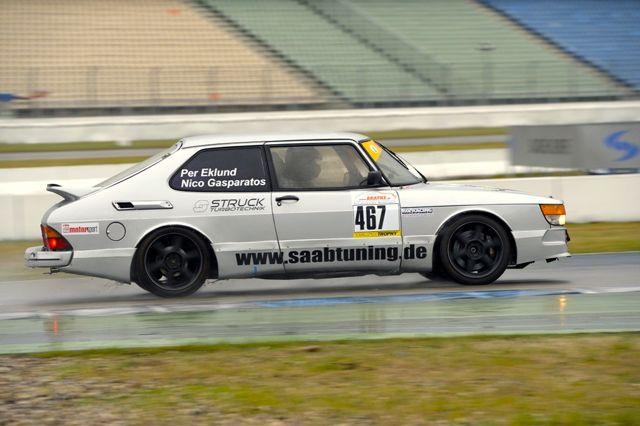 Con en Hamburgo. Saab 900 Grupo A por Nico Gasparatos