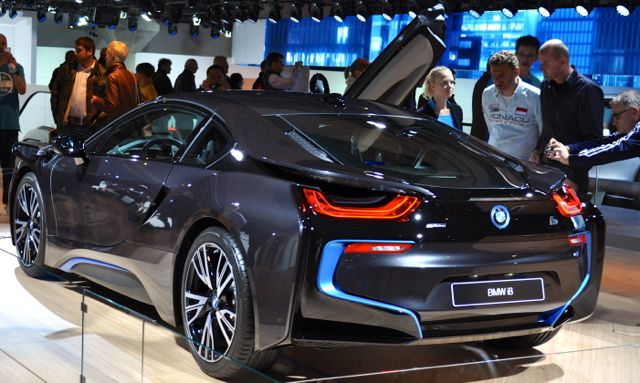 BMW i8: Ja, vi kan fortfarande bygga vackra bilar