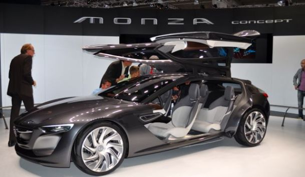 Monza Concept und - die Felgen kennen wir doch?