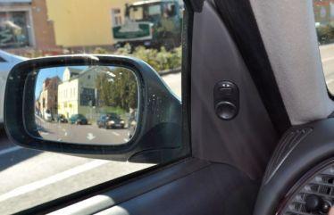 Saabs no espelho retrovisor