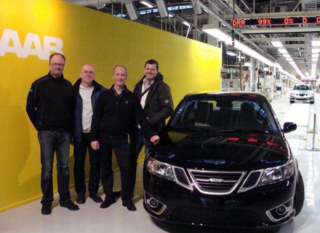 Четыре друга Saab из Германии на заводе Saab в начале производства