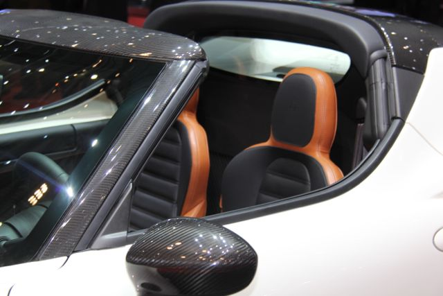 Alfa Romeo 4C Spider oder Targa @ 2014 saabblog.net