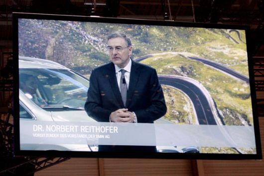 El Dr. Norbert Reithofer habla alemán. Lógico. Nosotros san nosotros @ 2014 saabblog.net