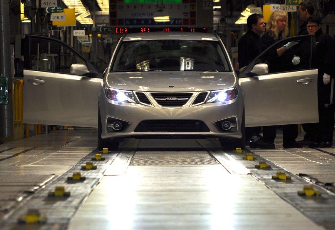 Saab Produktion bei NEVS ©2014 saabblog.net