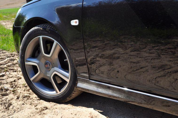 """Saab Turbo X met speciale velgen. Is er het 18 """"en 19"""" formaat. © 2014 saabblog.net"""