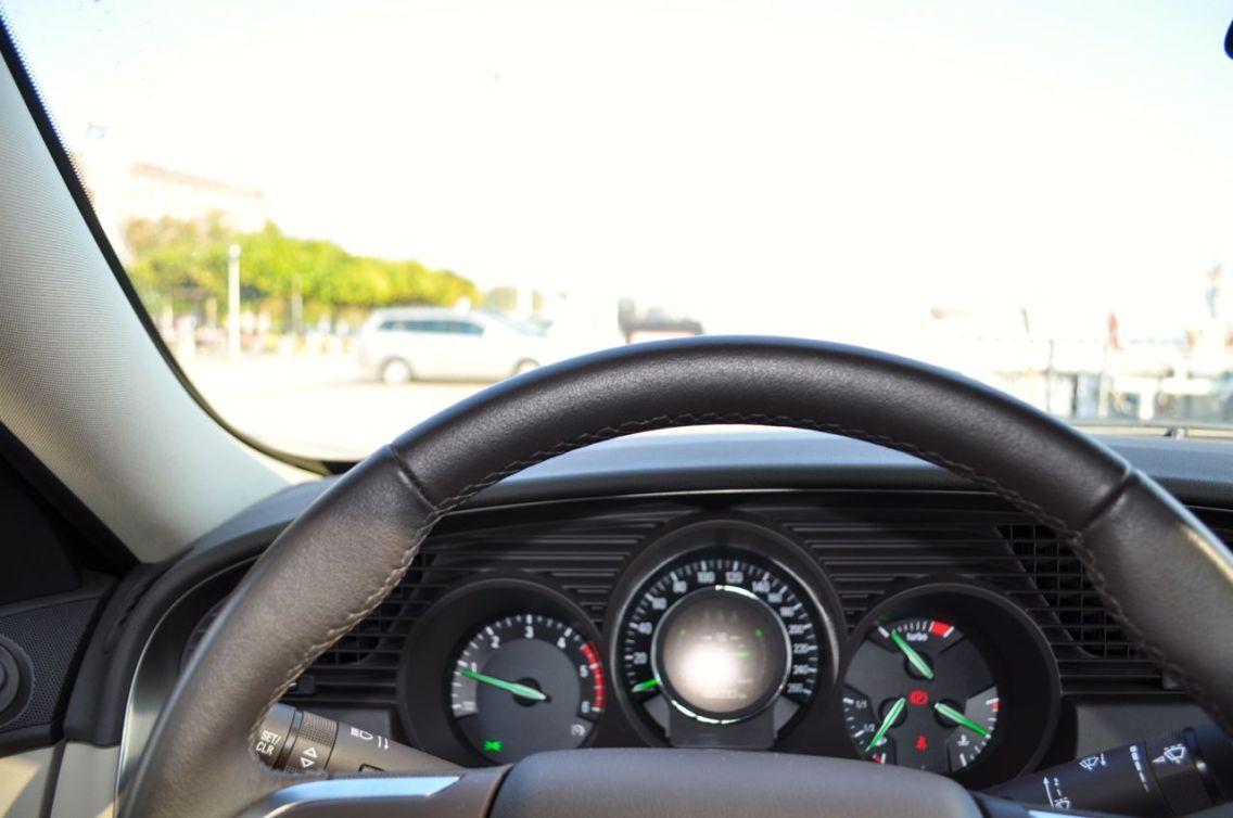 Cockpit mit gruenen Zeigern ©2014 saabblog.net