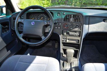 Saab 9000 CS, blauer Innenraum mit Kultfaktor ©2104 saabblog.net