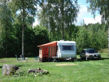 Saab 90 and caravan © Volker