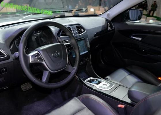 Senovo ES210EV, interior