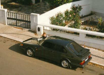 SAAB 900 Turbo 16S in Portugal met mij