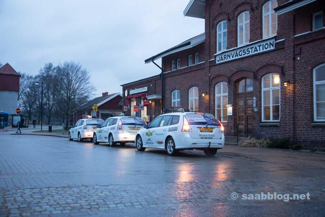 Only in Trollhättan: three 9-3 taxi's in a row!