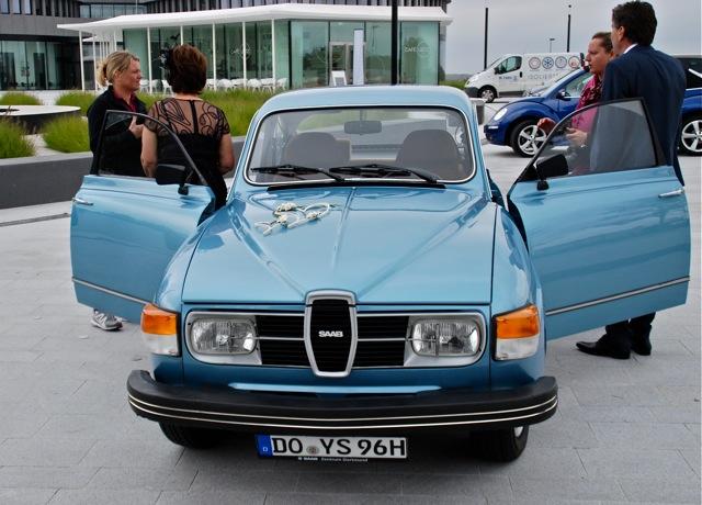Saab als Hochzeitsauto