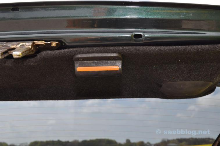 Ручка известна. Оригинальный Saab 9000.