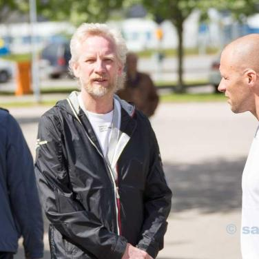 NEVS Sales & Marketing Director Jonas Hernqvist welcoming the SAAB fans