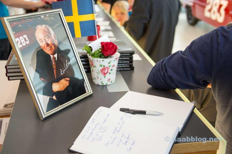 """""""Mr. SAAB"""" Erik Carlsson memorial"""