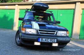 Saab 900, Team Aurora Hunters