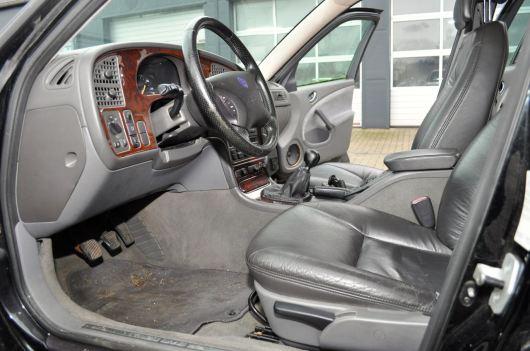 Interior: equipo SE