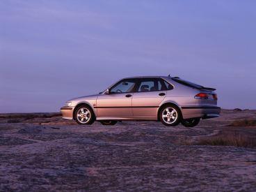 Saab 9-3 I. hatchback e turbo. Youngtimer of Saab Tradição e modernidade unidas. Imagem: automóveis Saab.
