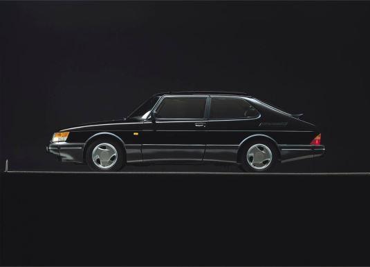 Saab 900. Som svart Aero, Gulfen under Säben. Men också önskvärt i andra färger. Bild: Saab bilar