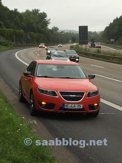 Sfortunatamente, questa può essere la realtà di Saab: con il flessibile della pressione di carica difettoso spento.