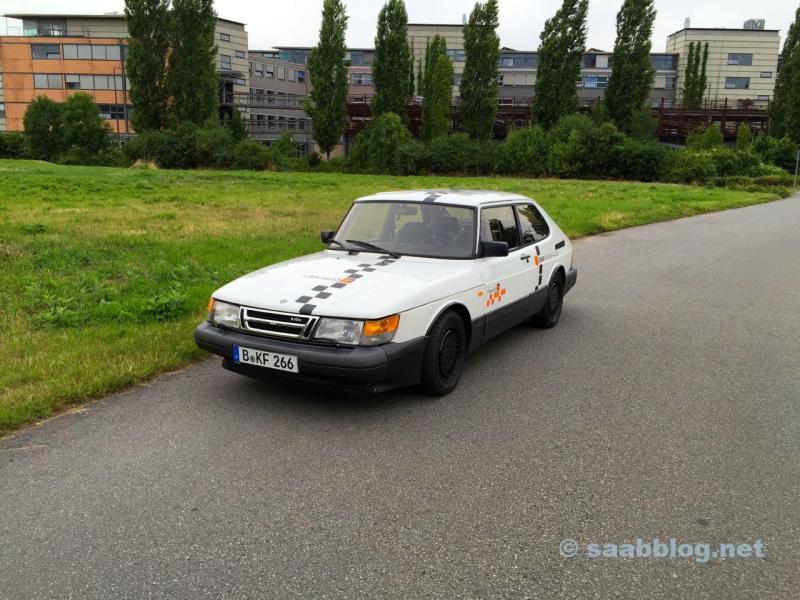 Verändert. Saab 900 im aktuellen Zustand.