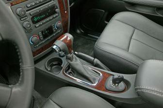 """Die """"saabisierte"""" Mittelkonsole. Bild: Saab Automobile AB"""