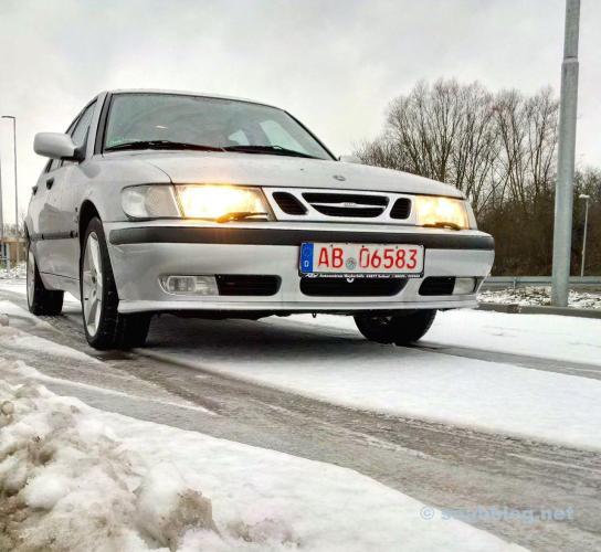 Eine Saab Probefahrt bei Schnee und Eis.