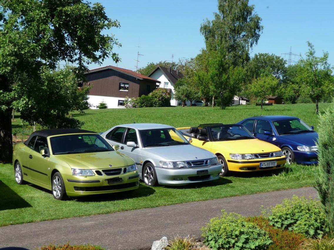Natürlich sind 3 Saabs nicht genug. Ein 9-3 II gehört auch dazu. Foto: Hans