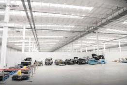 Batterie-Packs und diverse Karosserien. Photo Credit: NEVS