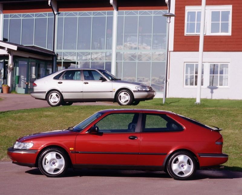 Saab 900 II Coupe und Limousine