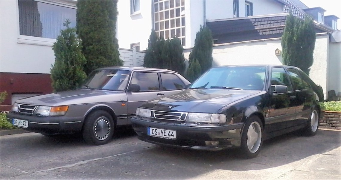 Saab 900 Coupe in Rosenquarz-Metallic
