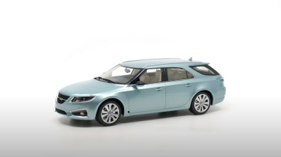 Saab 9-5 NG Sortkombi von DNA Collectibles
