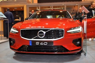 Un Suédois des Etats-Unis. Le nouveau S60, très sympa!