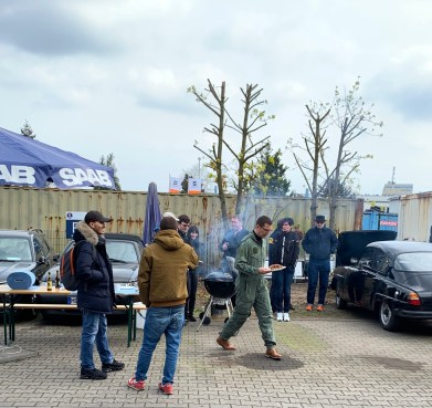 Opening van het barbecueseizoen met winterbarbecue in Frankfurt Fechenheim