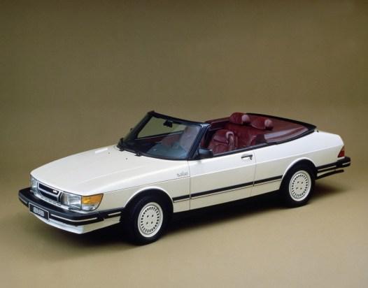 Premiere - das erste 900 Cabriolet