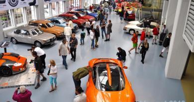 Lange her. Spyker 2010 im Saab Museum Trollhättan