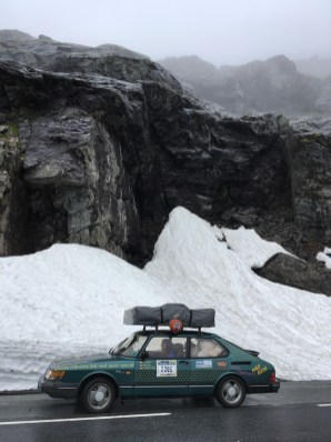 Snö, is, Saab 900. Allt passar.