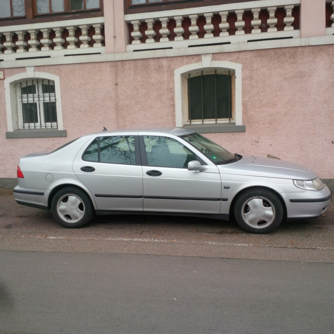 Saab 9-5 from Greece. Low mileage.