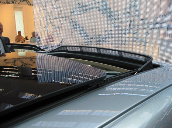 The largest Saab glass roof ever.