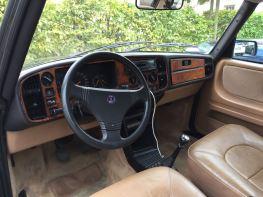 Il volante senza airbag era la norma in Italia