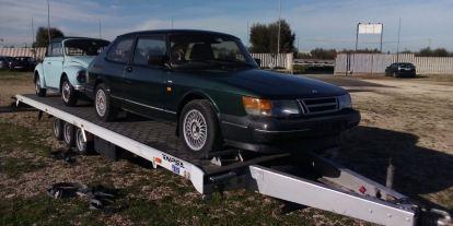 Saab auf dem Trailer