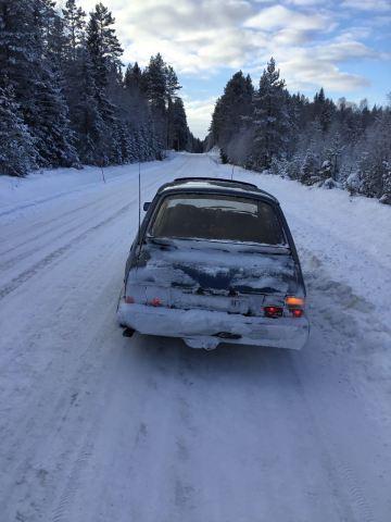 Herbert und der klassische 900 im Winter unterwegs