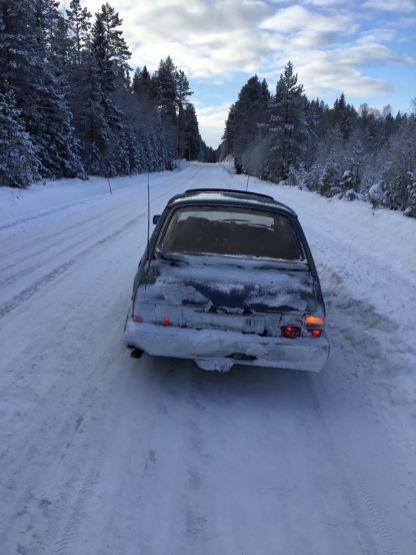 Herbert e o clássico 900 na estrada no inverno