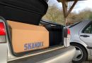 Il baule grande è buono. Il pacchetto Skandix è arrivato dopo un lungo viaggio in auto.
